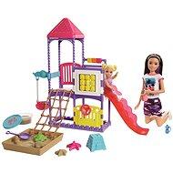 Barbie Kindermädchen auf dem Spielplatz Spielset - Puppe