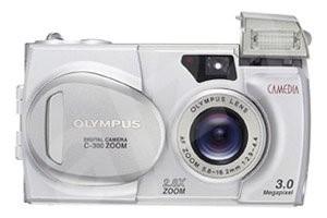 Olympus C-300 Zoom, kompaktní, 3,34 mil. bodů, zoom 2,8x -